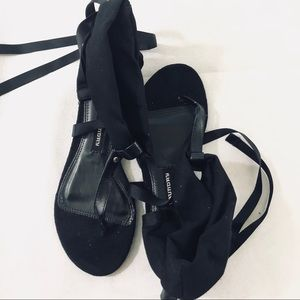 Chinese Laundry wrap sandals black tie up S 6 flat